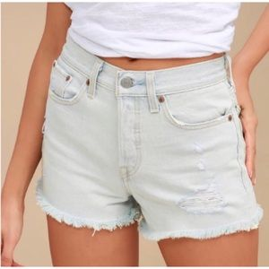 LEVI'S Wedgie Fit Light Wash Distressed Shorts